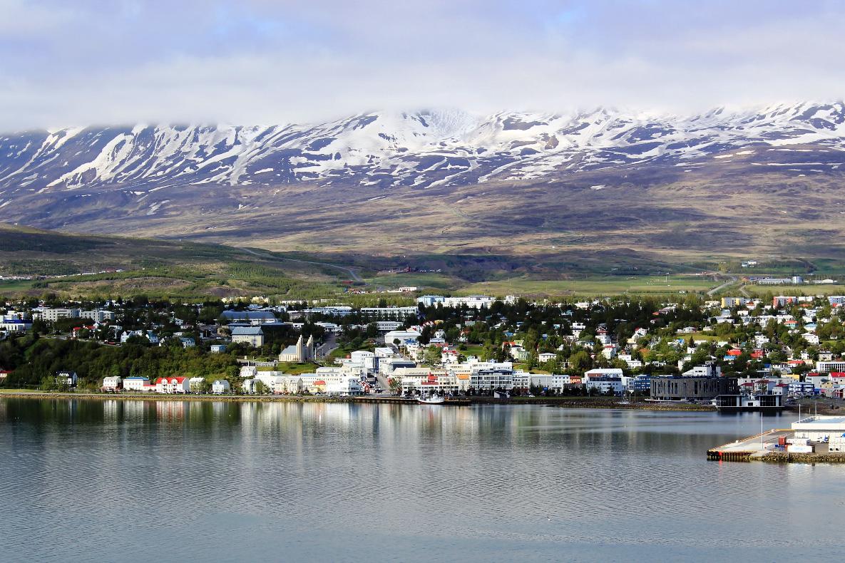 фото маленькие города и поселения Европы, Исафьордюр, Исландия